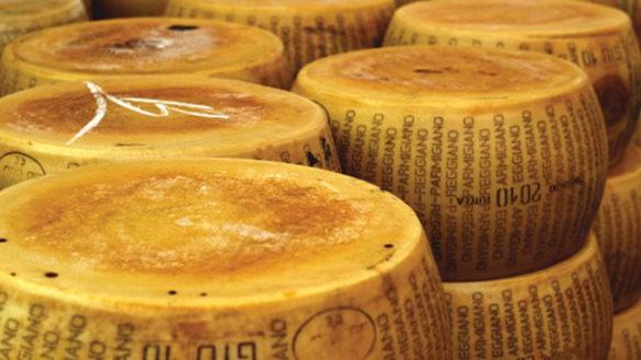 Parmigiano Reggiano: 2017 da record, prodotte più di 3,65 milioni forme