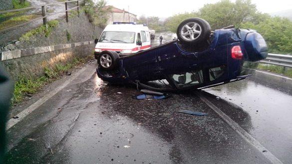 Auto si ribalta a San Ruffino. Quattro feriti al Maggiore