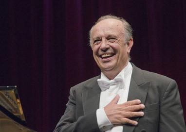 """Serata speciale di Leo Nucci al Regio per """"Hospice Piccole Figlie"""""""