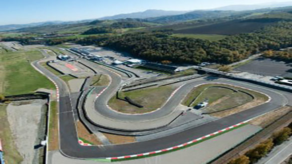 Circuito Varano De Melegari : Scontro in pista archivi parmareport