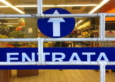 Sequenza di furti nei supermercati della città: diverse le denunce