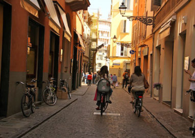 """Agosto caldissimo. Parma rischia di essere una città """"deserta"""""""