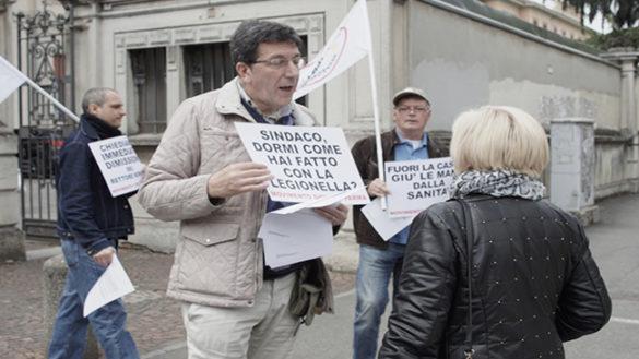 """Sit-in del M5s: """"Il rettore Borghi si dimetta"""""""