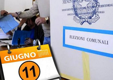 """Denuncia al Corecom: """"Pizzarotti sta violando le regole democratiche"""""""