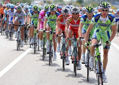 """Passaggio del """"Giro d'Italia"""": disagi per le scuole. Cambia viabilità"""