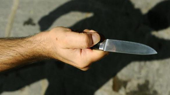 In centro armato di coltello: bloccato dalla polizia