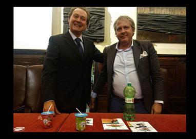 Presentata la prima bottiglia completamente biodegradabile