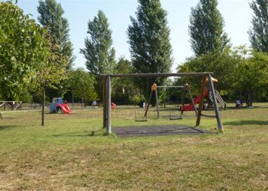 Parma: tre ladri al chiosco del Parco di via Newton
