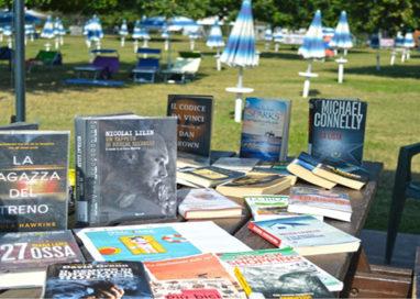 """Estate e libri: a Parma """"la biblioteca va in piscina"""""""