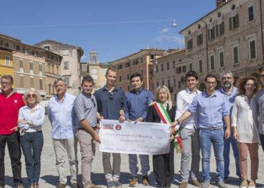 Donazione da studenti dell'Itis alla banda di San Severino Marche