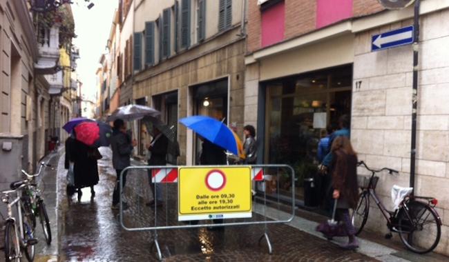 Borgo Nazario Sauro, sospetta tentata truffa ad un anziano