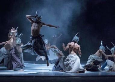 """Les Nuits Barbares""… un successo al Teatro Due"