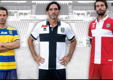 Il Parma si presenta ufficialmente: le tre maglie del ritorno in B