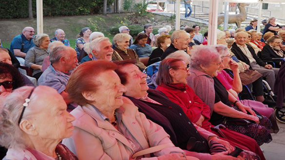 La terza età: giovedì a Parma sarà presentata la nuova guida per il cittadino