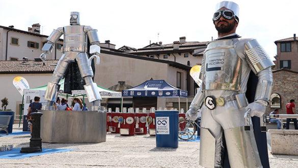 Arriva a Parma Capitan Acciaio, il supereroe che insegna la raccolta differenziata