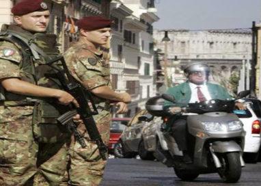 """Lega Nord: """"A Parma serve un esercito che pattugli i quartieri"""""""