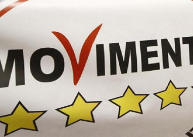 Il M5S presenta le liste: c'è un candidato di Parma