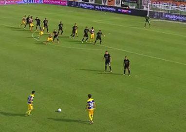 Un Parma cinico vince di misura a Venezia: 0 a 1