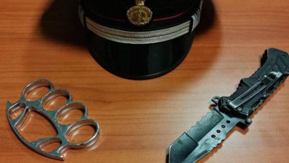 Droga e sicurezza: 30enne trovato con coltello e tirapugni