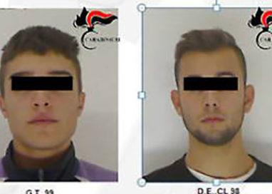 Arrestati i tre giovani che travolsero i carabinieri al posto di blocco