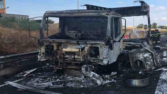 Fidenza, avevano incendiato i mezzi di una ditta: arrestati