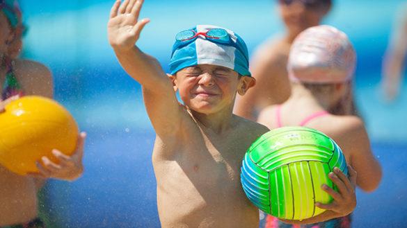 I ragazzi delle scuole primarie in piscina con Giocampus Nuoto!