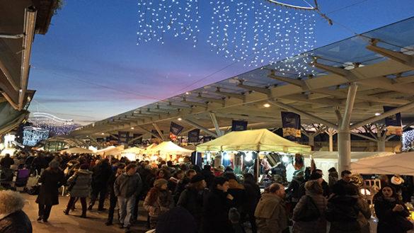 Da sabato il Mercatino di Natale di Piazza Ghiaia 2017!