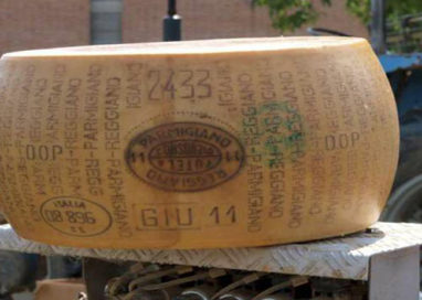 Il Parmigiano Reggiano dell'Az.Agr. Bonat protagonista a Bologna