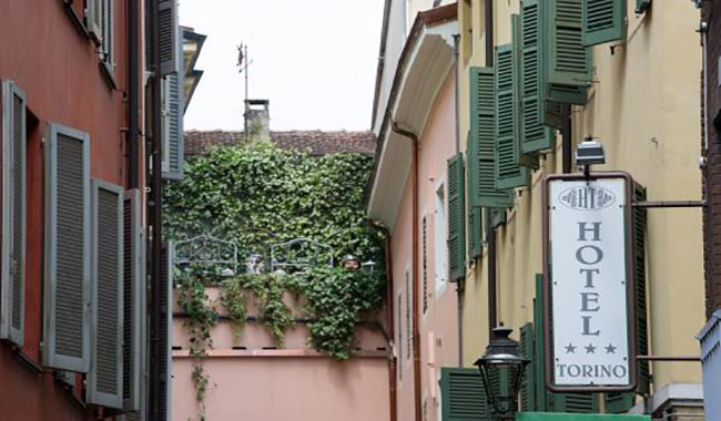 Tentata rapina nel garage dell'Hotel Torino