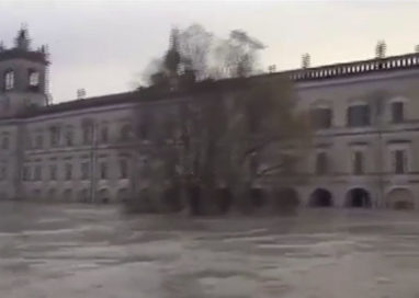 La piena: la Parma esce anche a Colorno