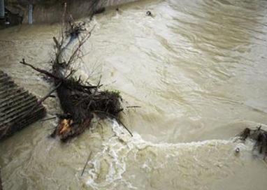 Lentigione sott'acqua: evacuate 1000 persone