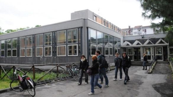 I parmigiani scelgono il liceo: il 50,8% tra scientifico e classico
