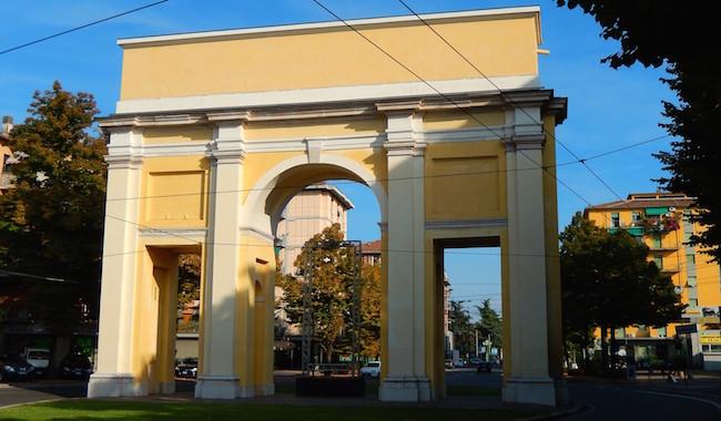 Investita sulle strisce, muore donna all'Arco di San Lazzaro
