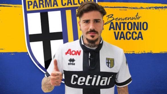 Secondo acquisto del Parma. Ufficiale Antonio Vacca dal Foggia
