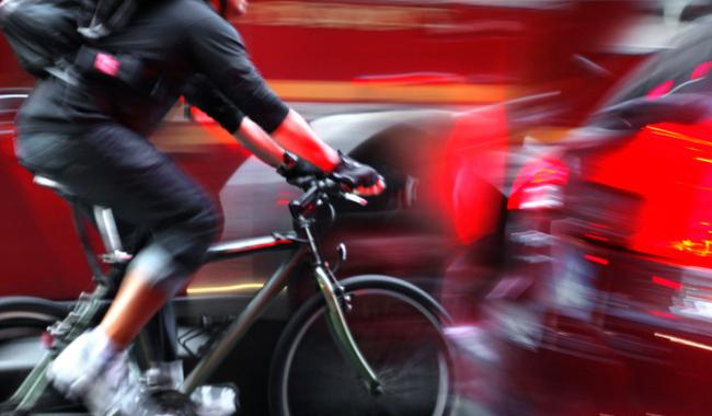 Illuminare la bici per viaggiare in sicurezza. ecco come fare