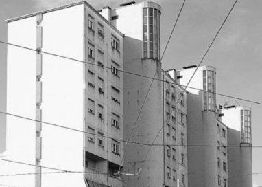 """""""Brutalismo"""" tra Parma e Reggio. I condomini di via Sidoli ne sono esempio"""