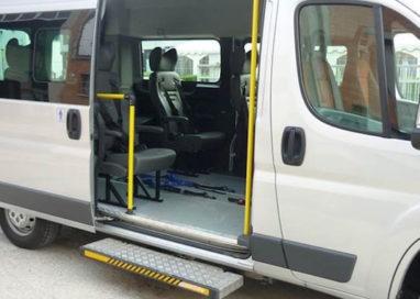 Nuovo pulmino per il trasporto disabili grazie al 5X1000
