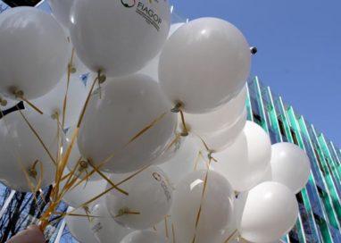 Lotta ai tumori dell'infanzia, palloncini in volo all'Ospedale dei Bambini