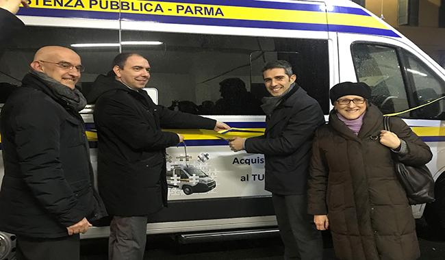 Inaugurato un nuovo pulmino per il trasporto disabili