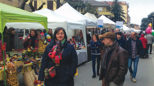 Domenica 25 marzo: è festa per via Venezia