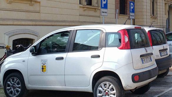 """Auto blu, la Provincia: """"In 4 anni quasi dimezzati veicoli e costi"""""""