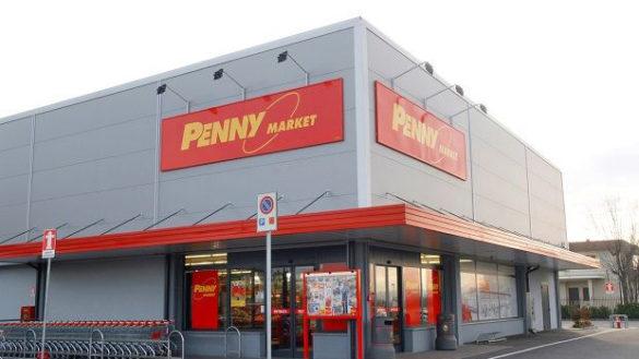 Gruppetto di affamati assalta a morsi il Penny Market di Fidenza