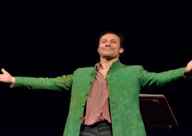 """Stefano Accorsi al Teatro Verdi di Busseto con il """"Decamerone"""""""