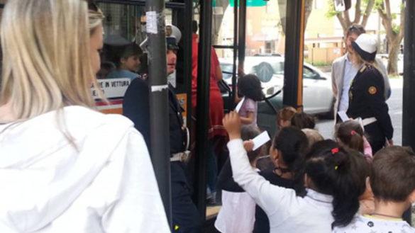 Il Comune valuta l'autobus gratis per i bambini fino a 11 anni