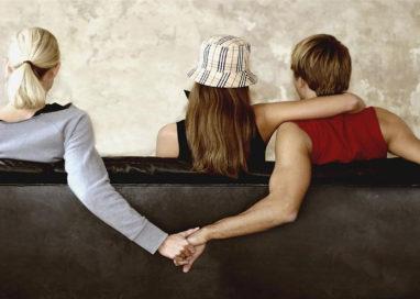 Poliamoria, più partner affettivi e sessuali per essere felici?