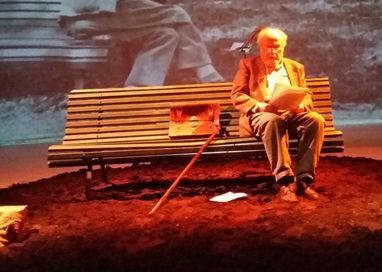 """La Recensione Teatrale della Settimana – La """"Memoria di un corpo"""" in voce e musica al Teatro Europa"""