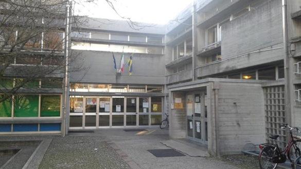 Danneggiamenti alla scuola Albertelli-Newton, fermati due giovanissimi