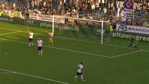 Il Parma crolla a Cesena: ora a rischio la promozione diretta
