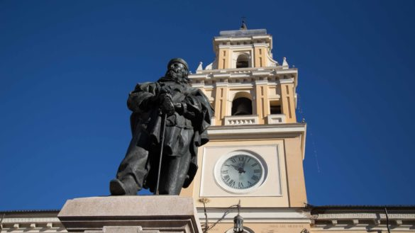 """Scontro tra """"Comitato Parma in Centro"""" e Pizzarotti"""