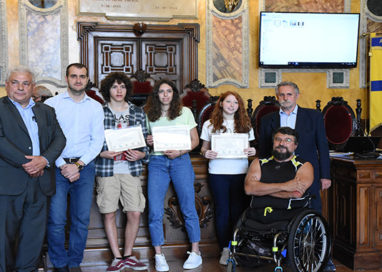 Liceo Toschi, premiati gli studenti che hanno creato i loghi di Giocoparma a.s.d.